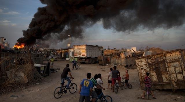 Siyonist İsrailden Gazzeye Saldırı