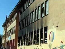 PKKlı Grup Aile Sağlık Merkezine de Saldırdı