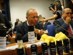 CHP'liler Meclis'te Biber Gazı Sıktı