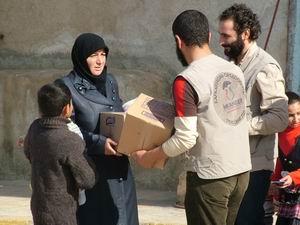 İMKANDER, Suriye'ye Yardım Götürdü (FOTO)