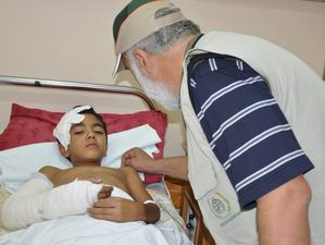 İHH, Gazze'ye İlaç Yardımı Götürdü