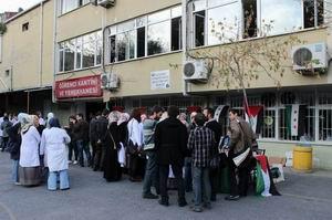 Çapa Tıp Fakültesinde Gazze ve Suriye Kermesi