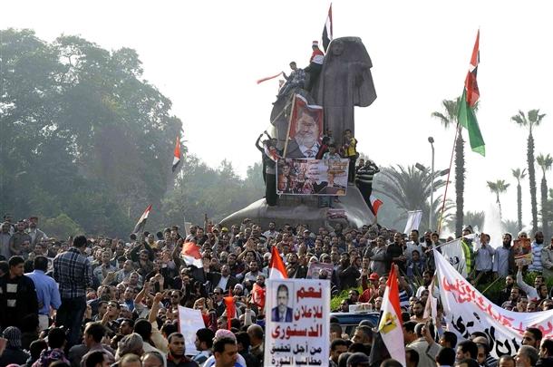Mursiye Destek İçin Milyonlar Meydanlarda