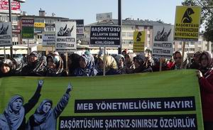 Yasakçı Genelge Sivas'ta Protesto Edildi