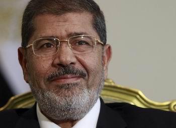 Mursi, Eski Rejim Yanlılarına Meydan Okudu!