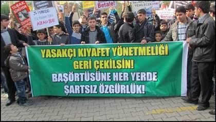 Başörtüsü Yasağı Siverek'te Protesto Edildi