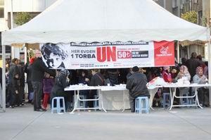 Ümraniye'de Suriyeye Yardım Kermesi (FOTO)