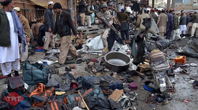 Pakistanda Art Arda Patlamalar: 115 Ölü