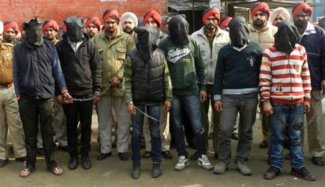 Hindistanda Yine Otobüs Yine Toplu Tecavüz