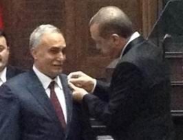 Fakıbaba Yeniden AK Parti'ye Katıldı
