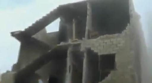 Esed Güçleri 5 Katlı Binayı Bombaladı: 15 Şehid (Video)