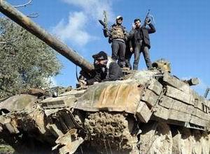 Suriye'de Direnişçiler Gençleri Eğitiyor