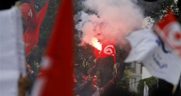 Tunus'ta Nahda Hareketi Meydanlardaydı! (Video)