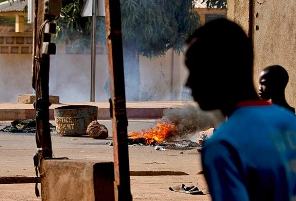 Fransa Malide Karakol Bombaladı