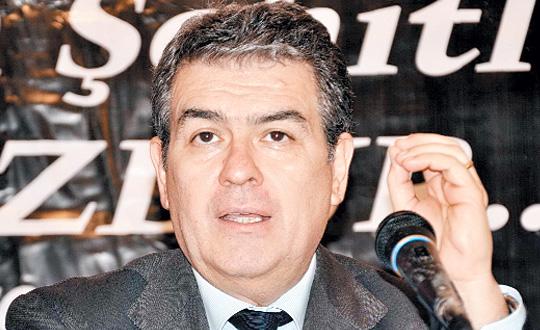 Süheyl Batum CHP'den İhraç Edildi