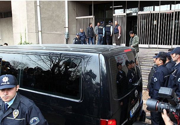 28 Şubatçı 4 Emekli General Tutuklandı