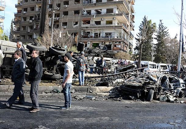 Esed, Uçak ve Scudlarla Saldırıyor: 152 Ölü