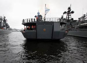 Rusya, Akdeniz'de 10 Savaş Gemisi ile Kalıcı