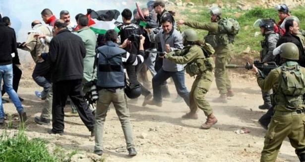 Siyonistler El-Halil'e Saldırdı: 1 Şehid