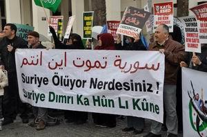 Suriye İntifadası İzmir'den Selamlandı!