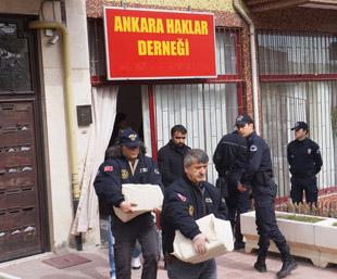AK Parti Saldırısına 9 Gözaltı