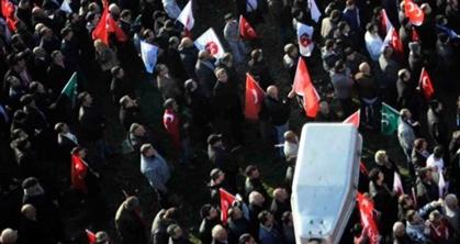MHPliler Bursada İstediği Kalabalığı Bulamadı