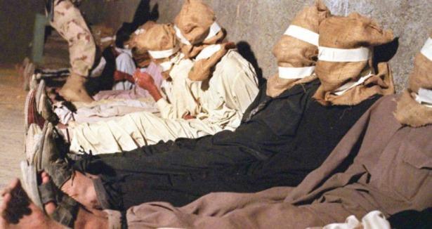 ABD Bagram Cezaevini Karzai Yönetimine Devretti!