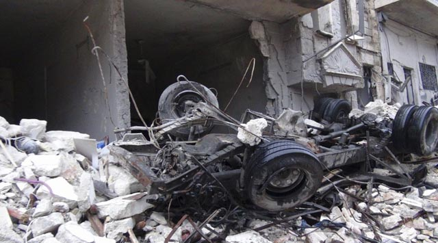 Suriye de esed güçlerinin düzenlediği saldırılarda 130 kişi