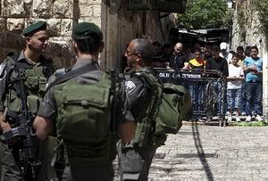 Siyonistler Mescid-i Aksada Filistinlilere Saldırdı