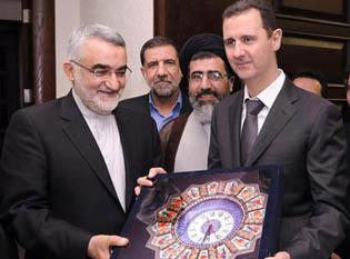 Hizbullah Köyleri Bastı; İran Hediye Götürdü!