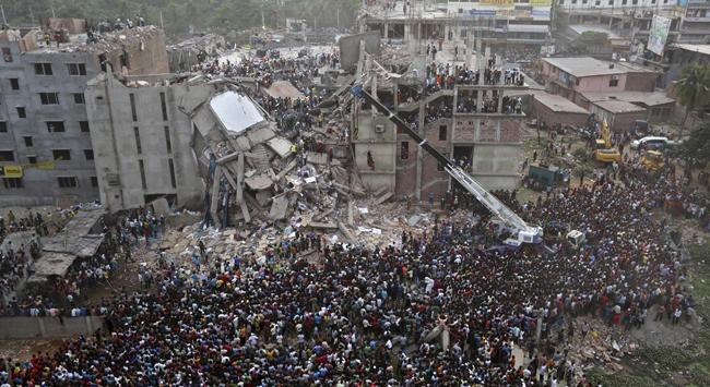 Bangladeş'te Ölü Sayısı 290a Yükseldi