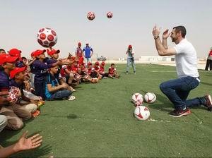 Arsenal'dan Suriyeli Çocuklara Destek