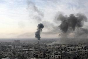 Siyonistlerden Gazzeye Hava Saldırısı
