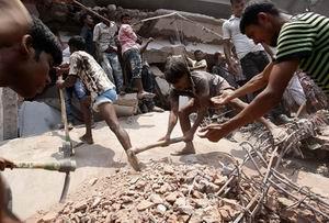 Bangladeşte Ölü Sayısı 700ü Geçti
