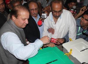Pakistanın Yeni Başbakanı Nevaz Şerif