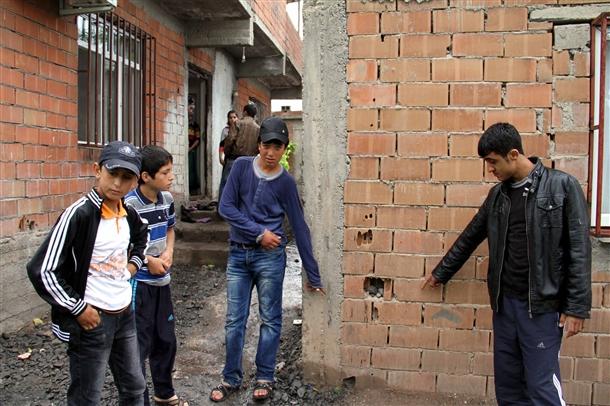 Diyarbakırda Patlama: 3 Çocuk Yaralandı
