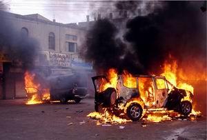 Pakistanda Polis Konvoyuna Saldırı