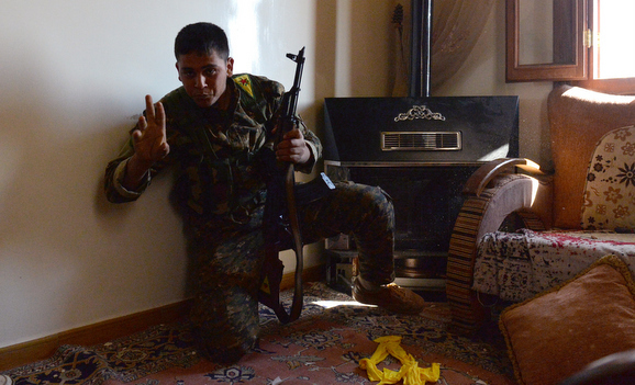 Baas Rejimine Karşı Savaşan Iraklı Kürt Gençleri