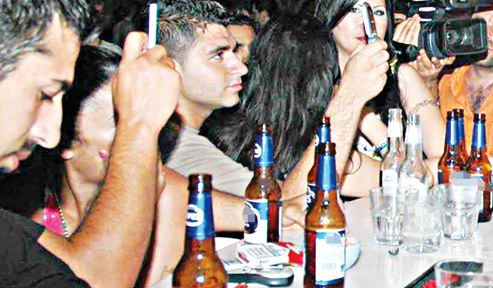 Türkiye'de Alkol Tüketimi Özendiriliyor