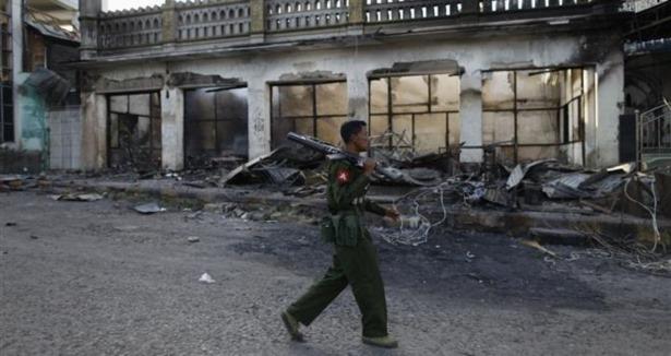 Myanmarda Vahşet Alevlendi
