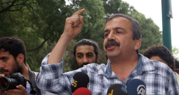 HDP'nin İstanbul Adayı Sırrı Süreyya Önder