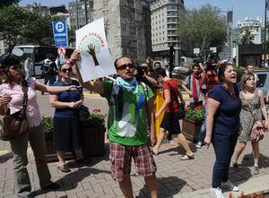 Başbakan: Biber Gazı Kullanımında Aşırılık Var!