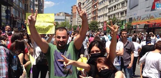 Esed'in Yandaşlarıda Ağaç İçin Taksim'deydi