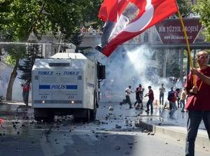 """Ne Mutlu """"Taksim Devrimcisiyim"""" Diyene!"""