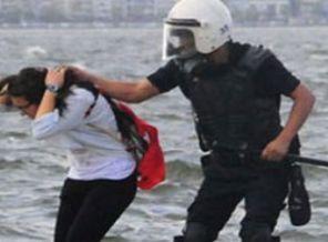 İzmir'de Saç Çeken Polislere Soruşturma