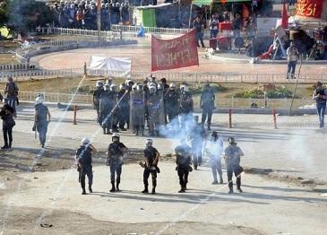 Polis, Taksim Meydanına Girdi