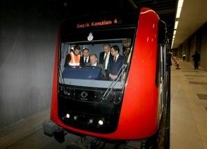 Başakşehir Metrosu Seferlere Başladı