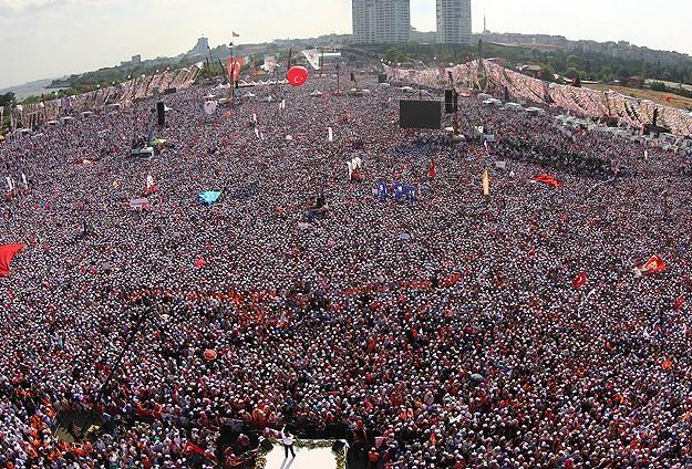 1 Milyondan Fazla Kişi Kazlıçeşmede Erdoğanı Dinledi
