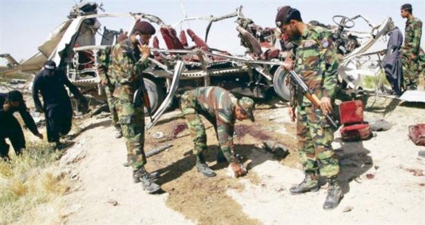 Kız Öğrencilere Bomba: 16 Ölü