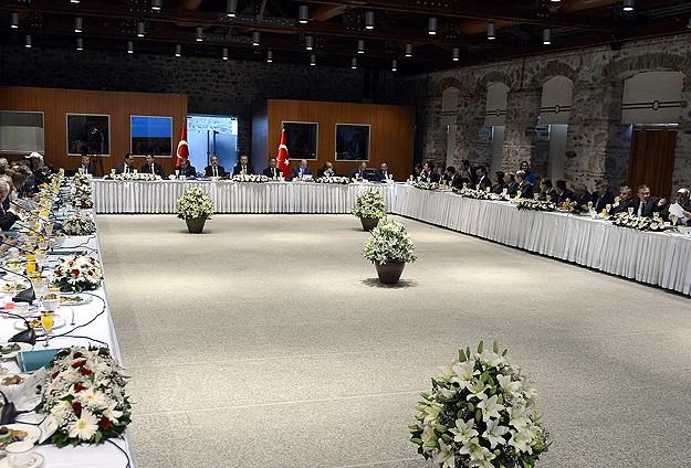 Erdoğan Akil İnsanlar Heyeti ile Buluştu